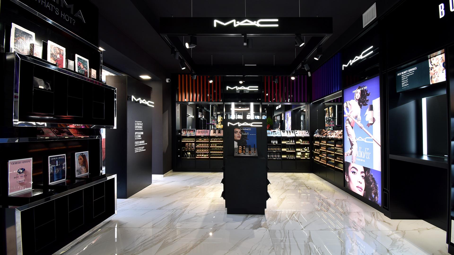 Naïma profumeria a Roma Prati con Mac Cosmetics