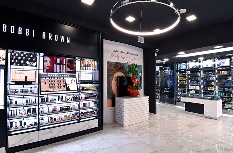Bobbi Brown Cosmetics a Roma da Naïma profumeria
